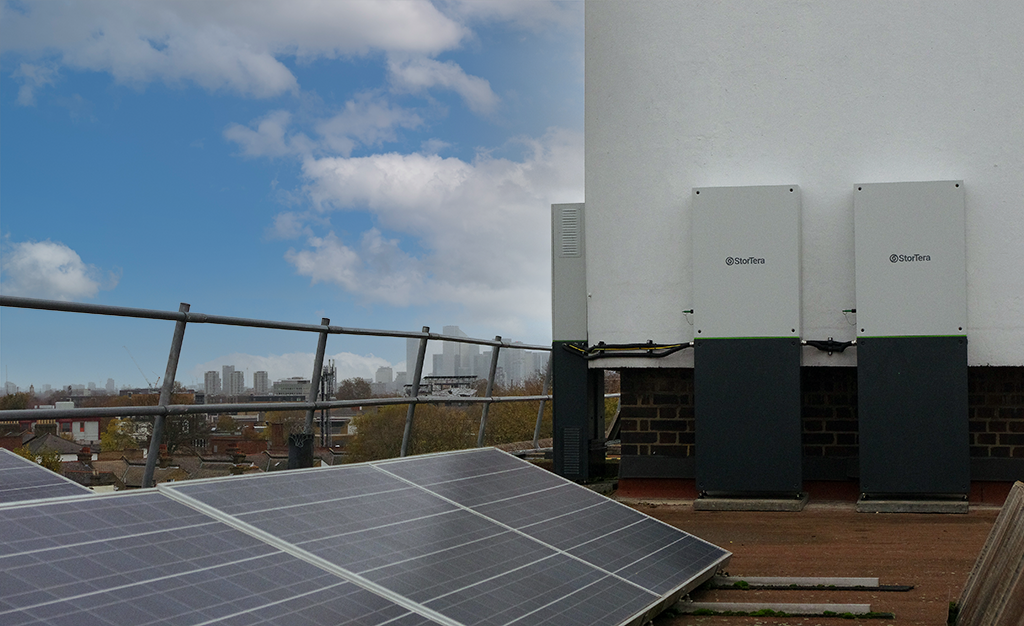 rooftop solar panels and batteries